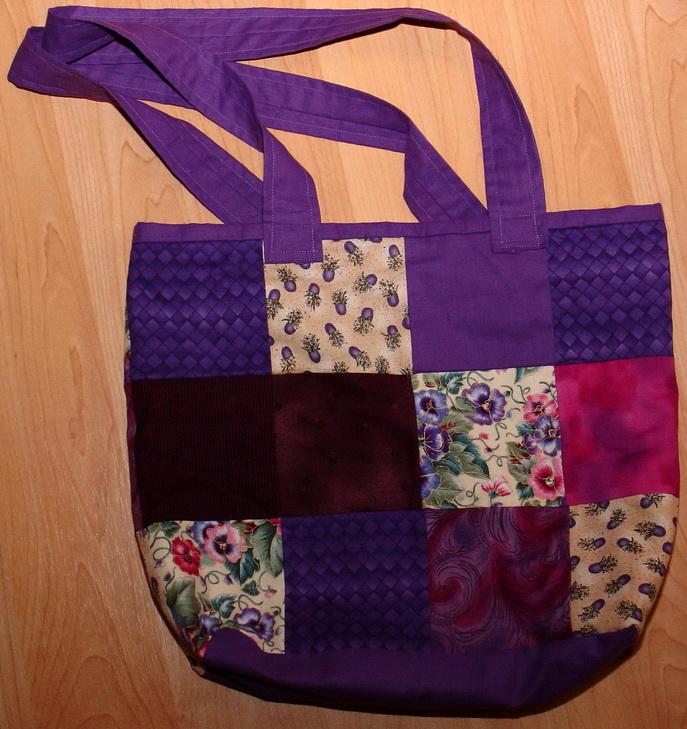 Tasche violett