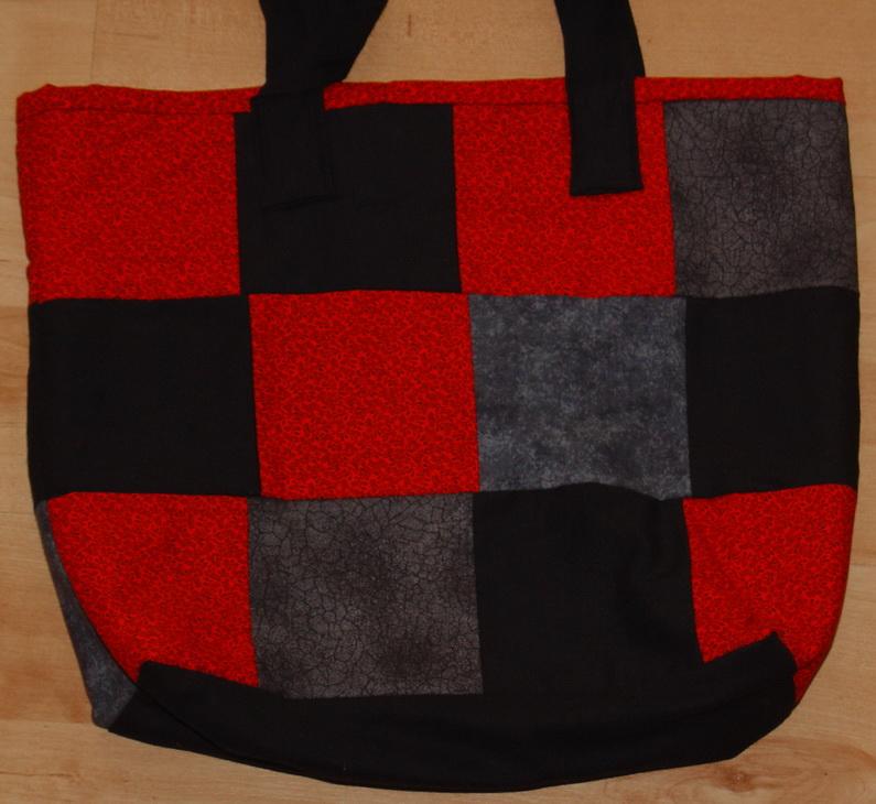 Tasche schwarz rot