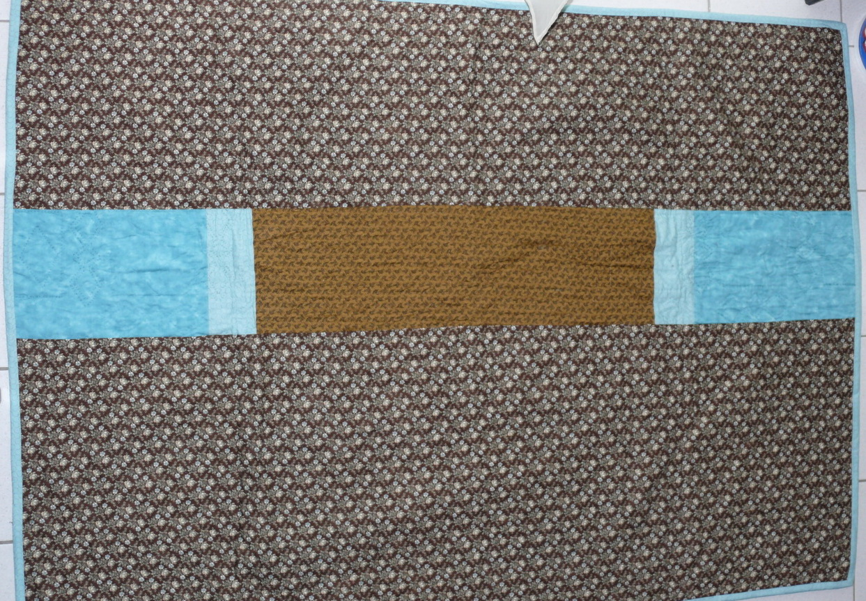 Türkis-brauner Quilt (Rückseite)